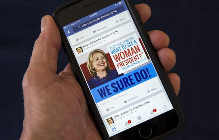 A Facebook page promoting Hillary Clinton for president in 2016. (Photo: Mike Segar/Reuters)