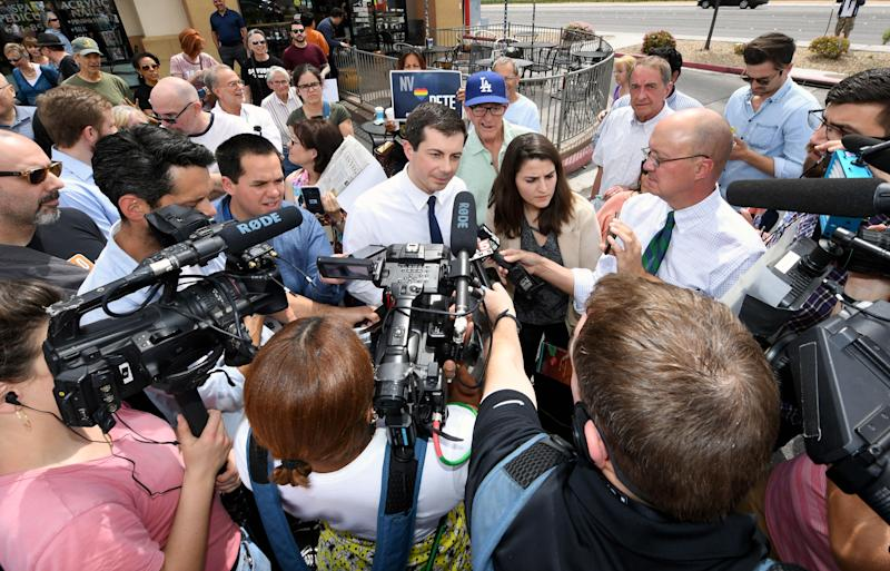 Buttigieg talks to members of the media outside Madhouse Coffee on April 8, 2019, in Las Vegas. (Photo: Ethan Miller via Getty Images)