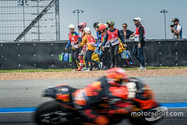 "Marc Marquez, Repsol Honda Team, después de la caida <span class=""copyright"">Chang International Circuit</span>"
