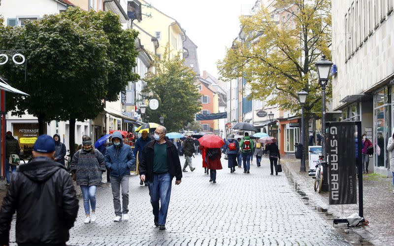 Germany's confirmed coronavirus cases rise by 5,587 to 361,974 - RKI