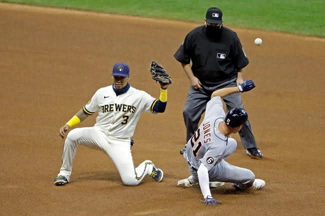 Tigers OF JaCoby Jones gets hit by pitch, fractures hand