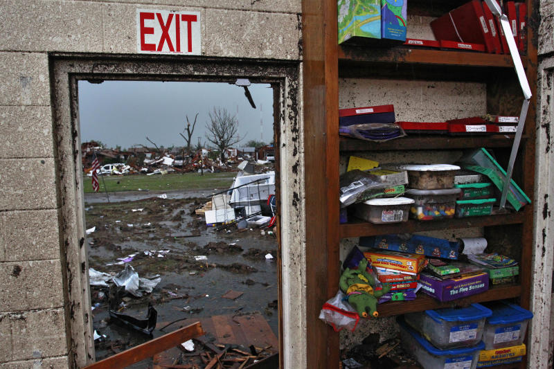 Oklahoma schools destroyed by tornado to rebuild