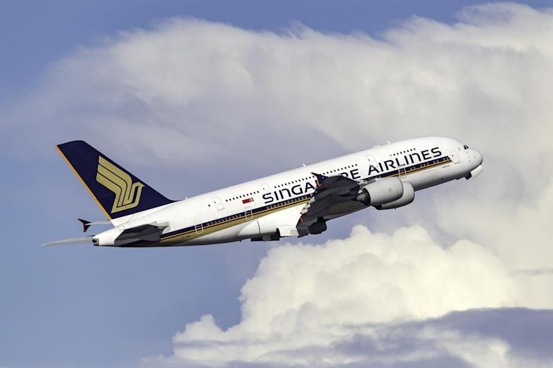 World's top 20 airlines falling short on climate change commitments, study finds
