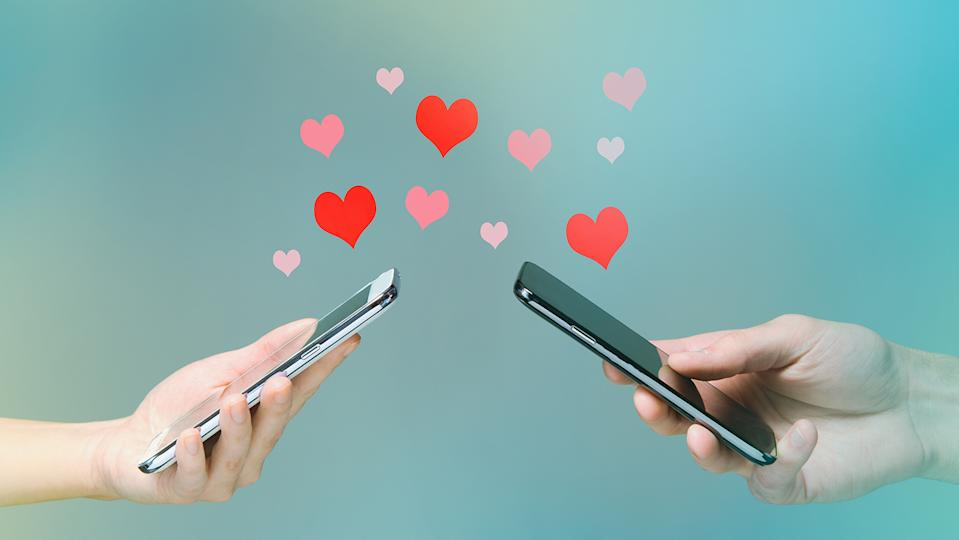 Whether dating in person or online, there are still some dos and daon'ts that should be followed (Getty Images)