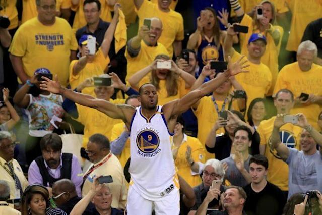 "<a class=""link rapid-noclick-resp"" href=""/nba/players/3826/"" data-ylk=""slk:Andre Iguodala"">Andre Iguodala</a> is heading back to the Bay. (Getty)"