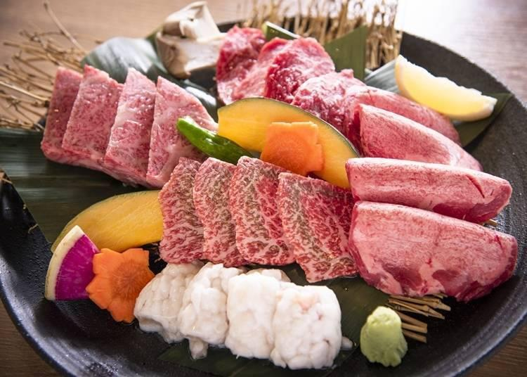 The Special Assortment is a well-balanced plate of ribs, skirt steak, beef tongue, rump, and even offal (5,800 yen, serves 2-3 guests)