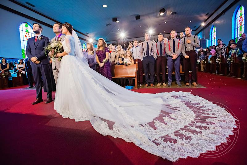 Jinger Duggar Wedding Dress.Watch An Exclusive Behind The Scenes Clip Of Jinger Duggar Wedding