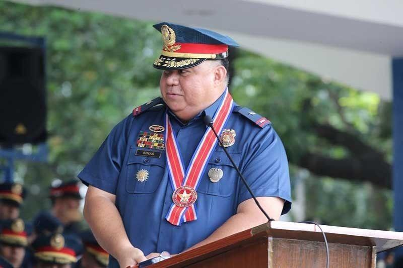 Sinas takes lead, seeks to lose weight