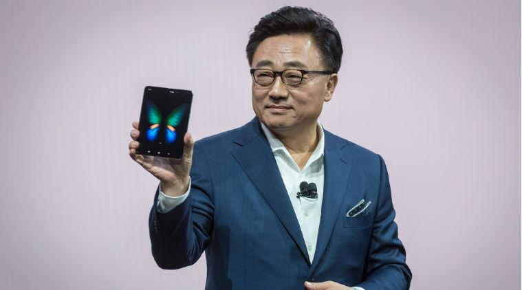 Samsung Galaxy Fold, Galaxy Fold release date, Galaxy Fold release date pushed, Galaxy Fold foldable phone, foldable phone Galaxy Fold, Samsung Galaxy Fold delayed, Galaxy Fold India release date, Galaxt Fold price