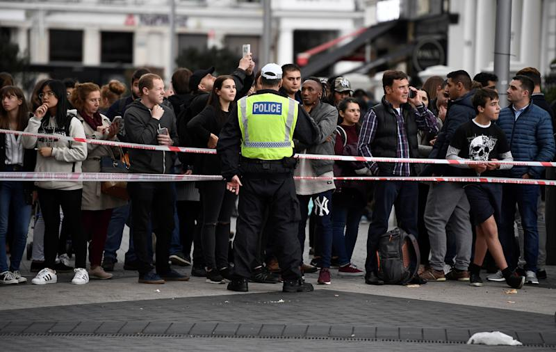 <strong>A police officer stands at a cordoned off area near the museum</strong> (Dylan Martinez / Reuters)