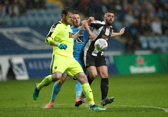 "Soccer Football - League Two Play Off Semi Final First Leg - Coventry City v Notts County - Ricoh Arena, Coventry, Britain - May 12, 2018 Coventry's Marc McNulty in action with Notts County's Adam Collin (L) and Richard Duffy Action Images/Andrew Boyers EDITORIAL USE ONLY. No use with unauthorized audio, video, data, fixture lists, club/league logos or ""live"" services. Online in-match use limited to 75 images, no video emulation. No use in betting, games or single club/league/player publications. Please contact your account representative for further details."
