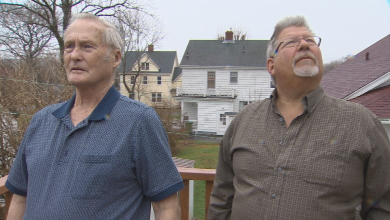 Lunenburg residents kick up stink as council fails to curb sewage stench