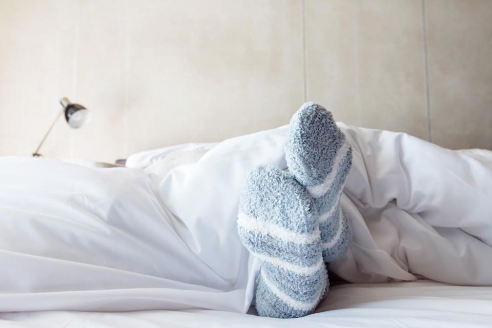 Why we should all be wearing socks to bed. (Getty Images)