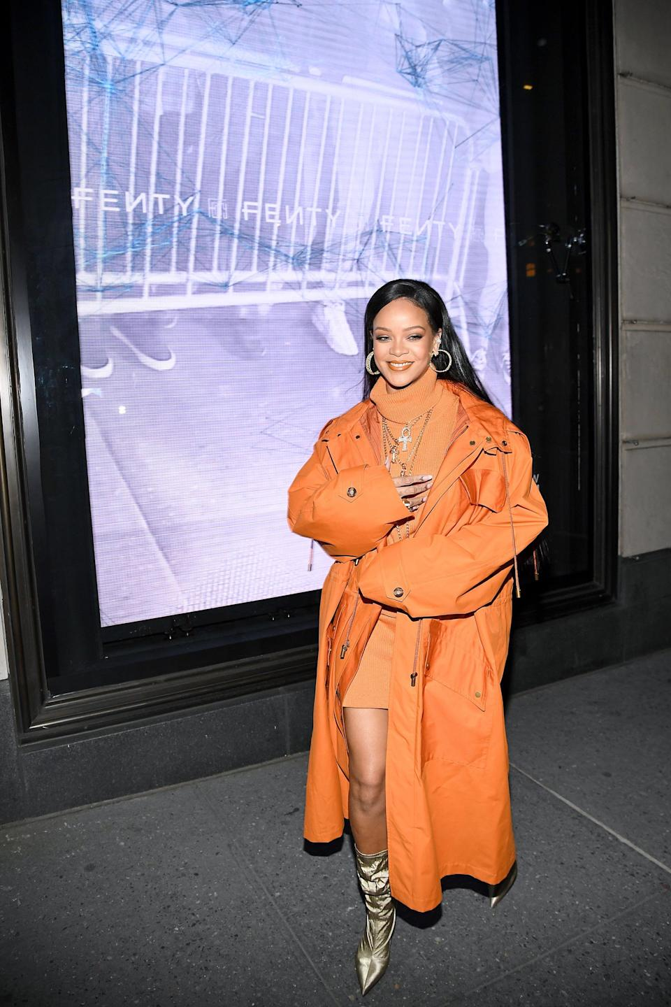 NEW YORK, NEW YORK - FEBRUARY 07: Robyn Rihanna Fenty and Linda Fargo celebrate the launch of FENTY at Bergdorf Goodman at Bergdorf Goodman on February 07, 2020 in New York City. (Photo by Dimitrios Kambouris/Getty Images for Bergdorf Goodman)