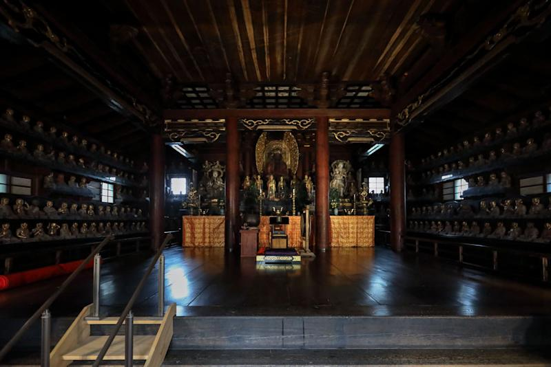 The Gohyakurakan-do is the main hall where the Arhat statues reside.