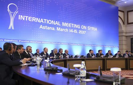 Participants of Syria peace talks attend meeting in Astana