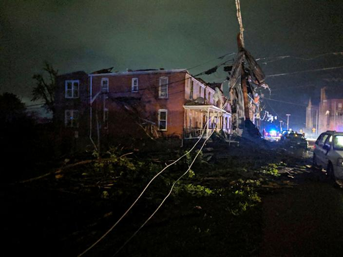This image posted on Twitter account of Stechshultsy shows tornado-hit Jefferson City. Mo., May 23, 2019. (Photo: Stechshultsy via AP)