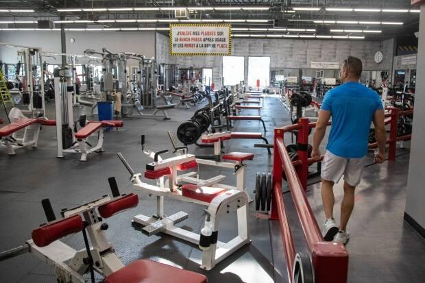 Gyms in the Montreal area are closing once again, less than two weeks after reopening. Gyms in several other regions have been open since March 8.  (Ivanoh Demers/Radio-Canada - image credit)