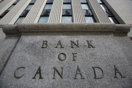 Canada dollar to rebound in 2019, supported by higher rates
