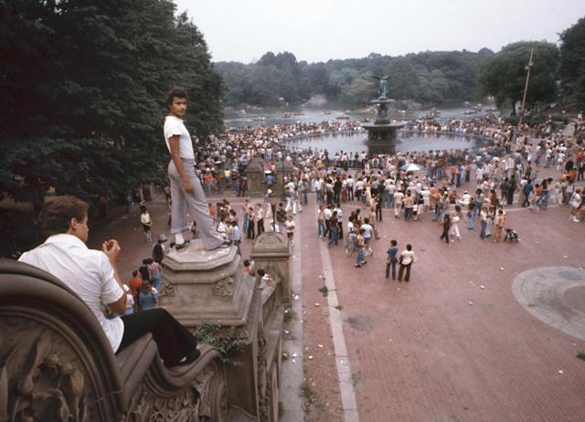 <p>Fiesta Folklorica, Bethesda Terrace, Central Park, Manhattan, 1978. (Photograph by unknown photographer/NYC Parks Photo Archive/Caters News) </p>