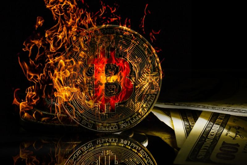 The bitcoin price crashed below the crucial $10,000 mark on Tuesday. When will the crypto market carnage finally stop? | Source: Shutterstock