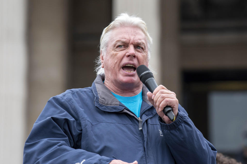 LONDON, UNITED KINGDOM - 2020/09/26: English conspiracy theorist, David Icke addresses the crowds at the We Do Not Consent protest. The demonstration in Trafalgar Square London was against Lockdown, Social Distancing, Track and Trace & wearing of face masks. (Photo by Dave Rushen/SOPA Images/LightRocket via Getty Images)