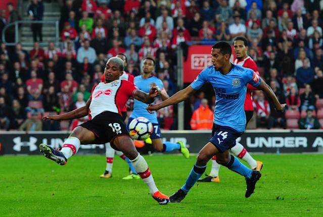 SOUTHAMPTON, ENGLAND - OCTOBER 15: Mario Lemina of Southampton FC (18) clears the ball away from Isaac Hayden of Newcastle United (14) during the Premier League match between Southampton and Newcastle United at St.Mary's Stadium on October 15, 2017, in Southampton, England. (Photo by Serena Taylor/Newcastle United via Getty Images)