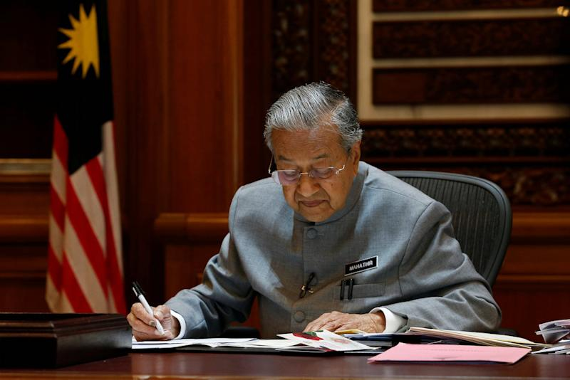 Most youths were found to view Prime Minister Tun Dr Mahathir Mohamad negatively due to his political past. — Reuters pic