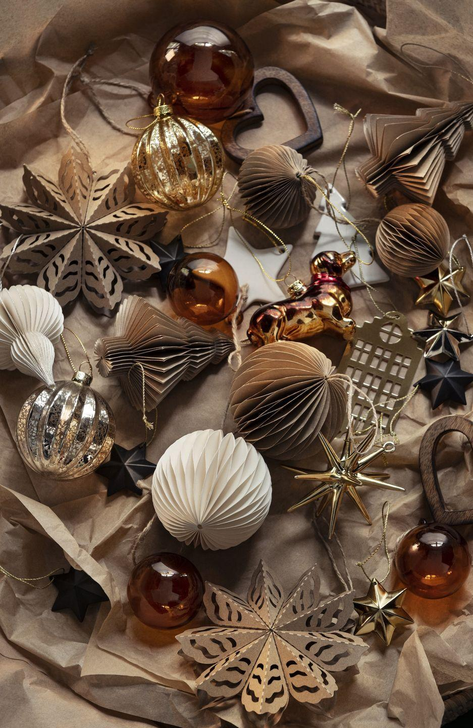 "<p>Deck the halls in style this year with H&M Home's new rustic-inspired <a href=""https://www.housebeautiful.com/uk/decorate/display/g177/best-christmas-tree-baubles/"" rel=""nofollow noopener"" target=""_blank"" data-ylk=""slk:decorations"" class=""link rapid-noclick-resp"">decorations</a>. </p><p><a class=""link rapid-noclick-resp"" href=""https://go.redirectingat.com?id=127X1599956&url=https%3A%2F%2Fwww2.hm.com%2Fen_gb%2Fhome%2Fseasonal-trending%2Fchristmas.html&sref=https%3A%2F%2Fwww.housebeautiful.com%2Fuk%2Flifestyle%2Fshopping%2Fg34268238%2Fhandm-home-christmas%2F"" rel=""nofollow noopener"" target=""_blank"" data-ylk=""slk:SHOP THE CHRISTMAS RANGE"">SHOP THE CHRISTMAS RANGE</a> </p>"
