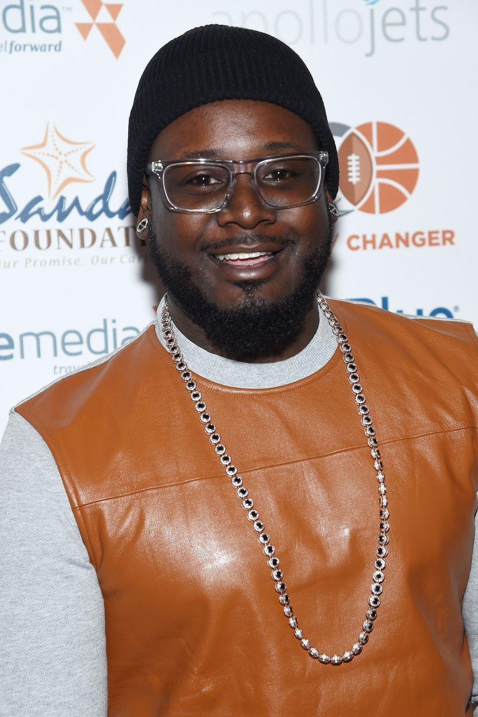 "<p>While T-Pain didn't <em>technically </em>work at McDonald's, he revealed to <em><a href=""https://www.today.com/popculture/t-pain-almost-ended-working-mcdonald-s-wbna19114035#.VDJGjPldU78"" rel=""nofollow noopener"" target=""_blank"" data-ylk=""slk:Today"" class=""link rapid-noclick-resp"">Today</a> </em>he almost did: ""The most horrible time was the day that Akon called me. He called me right when I went to get my application from McDonald's.""</p>"