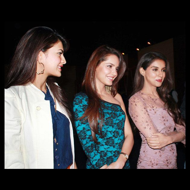 As is known to all that Sajid Khan believes in having a a 'no-tension', casual and full of energy atmosphere on the sets of his films, his leading ladies also seems to be his follower as they seem to have a gala time while promoting their film.