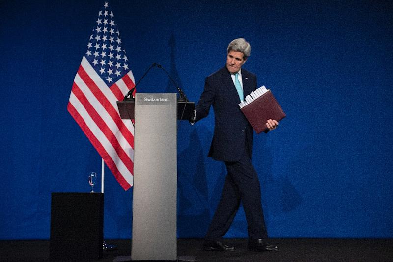 US Secretary of State John Kerry leaves after speaking to the press at the Ecole Polytechnique Federale De Lausanne at the end of the Iran nuclear programme talks, on April 2, 2015 in Lausanne (AFP Photo/Brendan Smialowski)