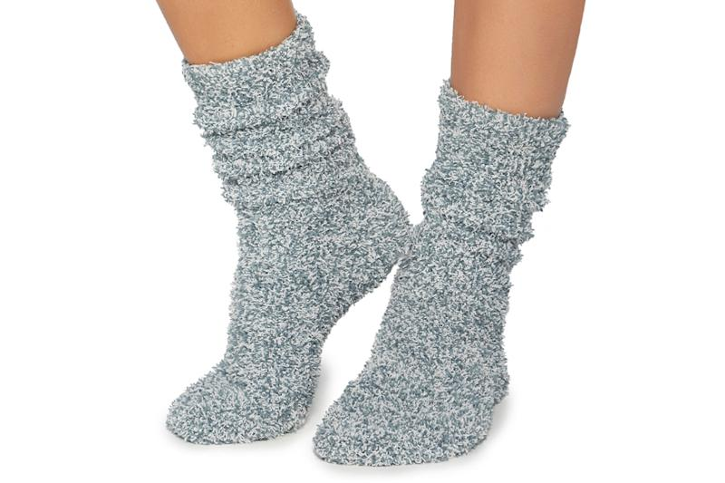 aaef970fabeb7 8 Cozy Socks for Women to Keep Feet Warm This Winter