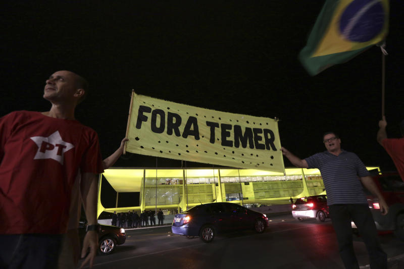 Brazil top court ruling on Temer probe to await tape analysis