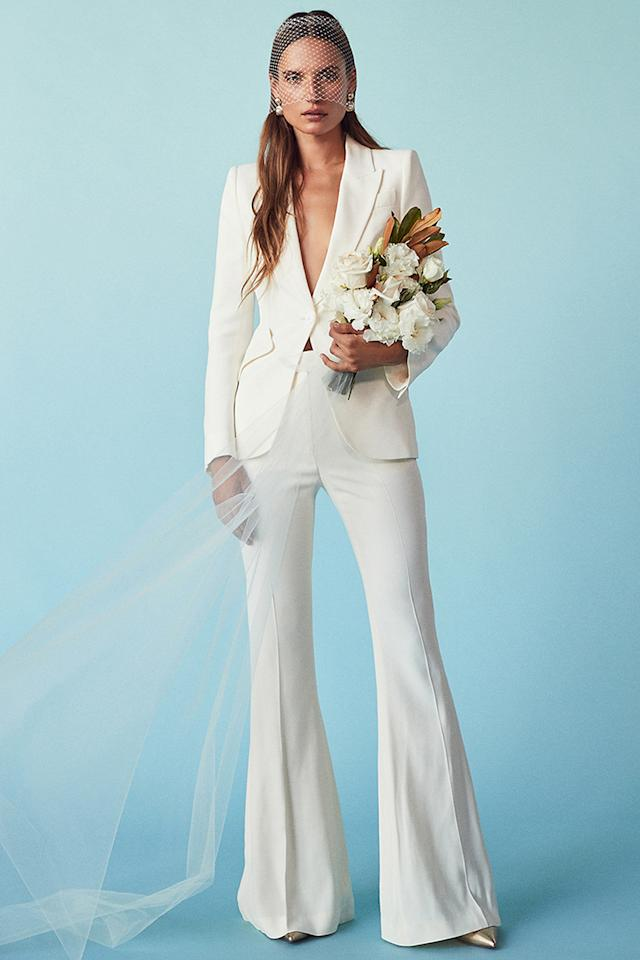 There\'s an Online Wedding Dress Shop for *Every* Kind of Bride