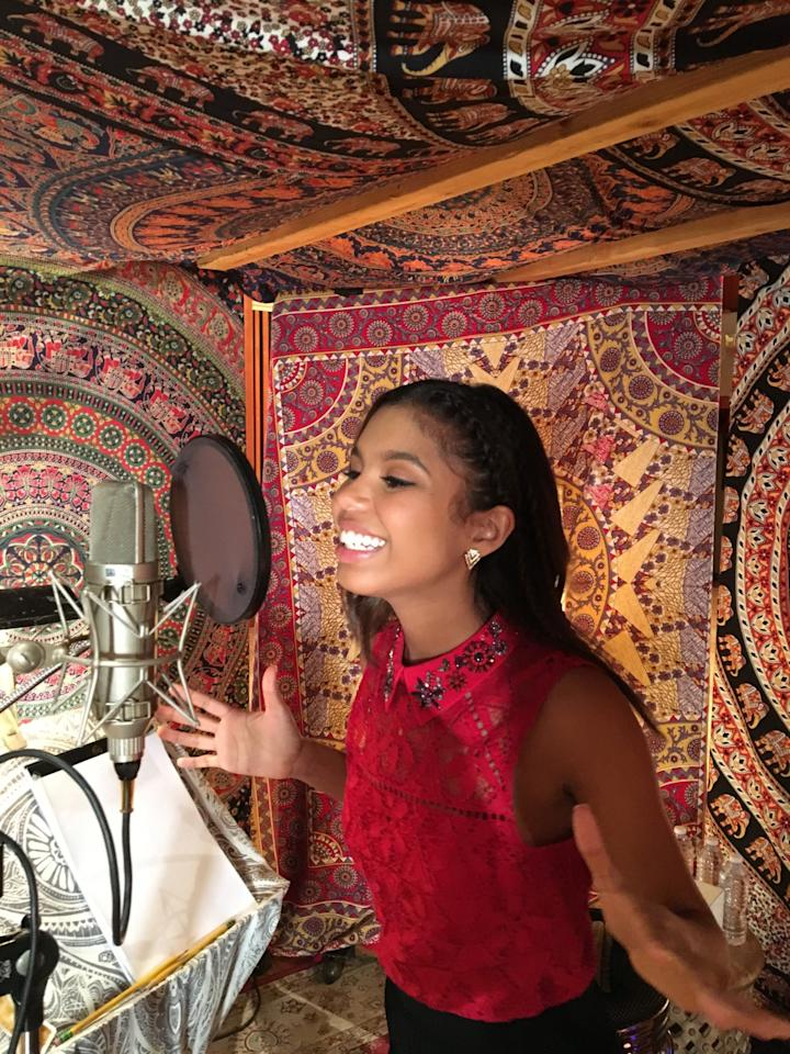 <p>Aliyah Moulden's iTunes recording session (photo courtesy of NBC) </p>