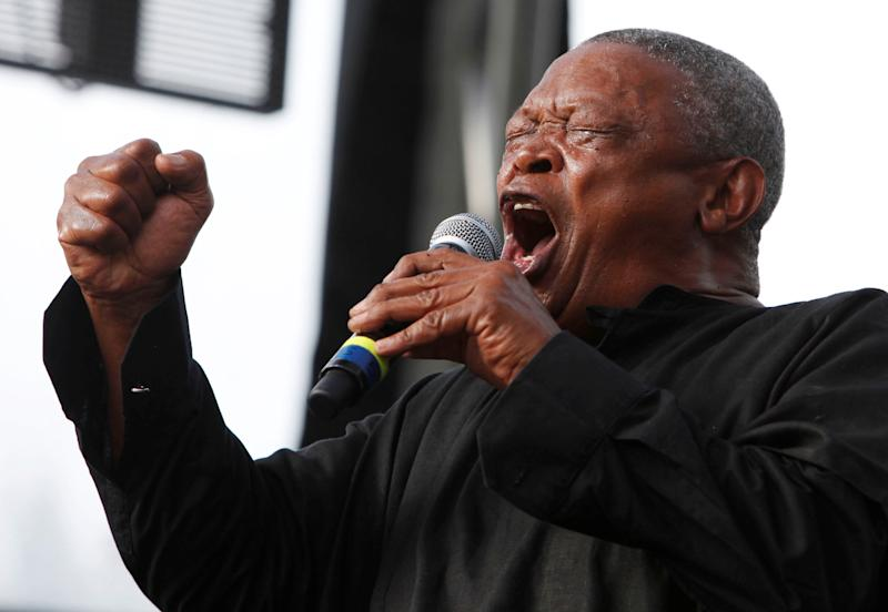 FILE PHOTO: South African trumpeter and musician Hugh Masekela performs on the final day of the 21st Annual St. Lucia Jazz festival at Pigeon Island National Landmark, May 13, 2012. REUTERS/Andrea De Silva/File Photo