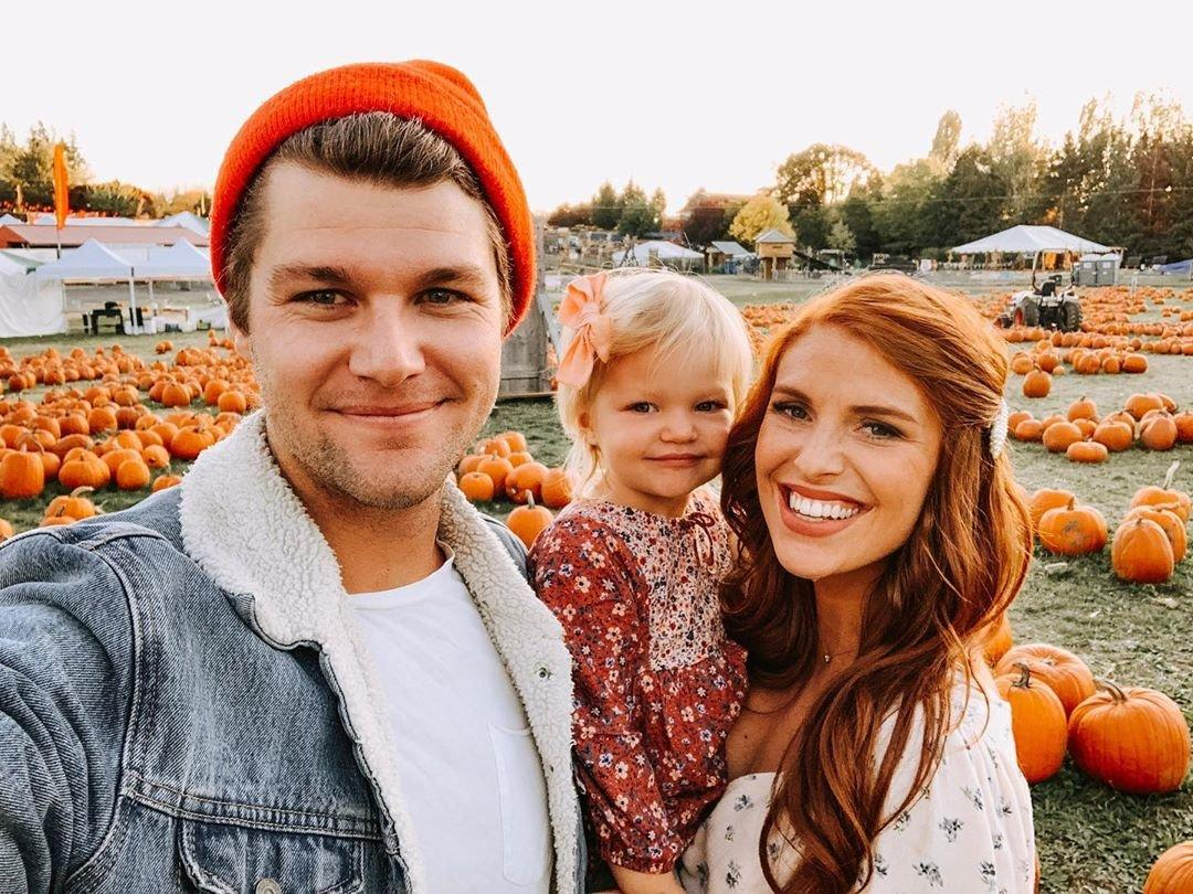 """The Roloffs didn't have to travel far to see pumpkins this year, <a href=""""https://www.instagram.com/p/B3U8zwkgOBq/"""">taking daughter Ember Jean</a> to the Roloff Family Farms for a meet and greet."""