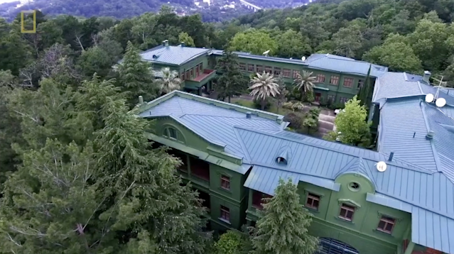 Fox aired a NatGeo segment on the vacation home of murderous dictator Joseph Stalin, and it was more than a little weird. (Fox/NatGeo)