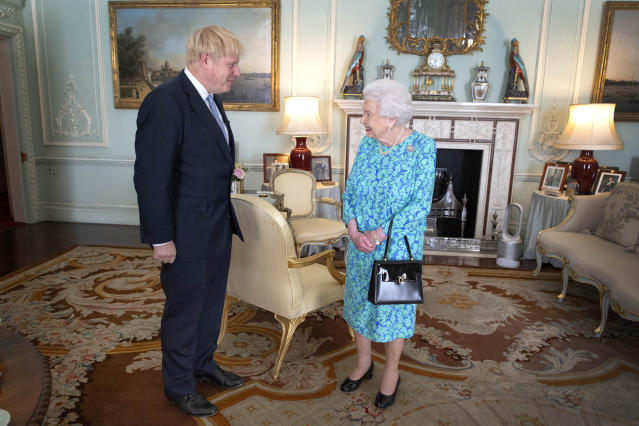 Queen Elizabeth holds a regular weekly audience with the prime minister. (Getty Images)