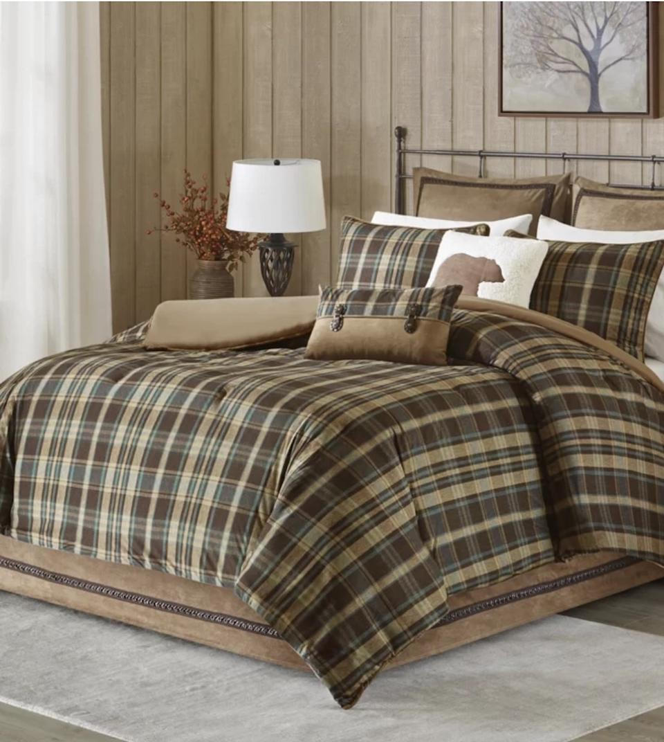 brown plaid bedding set, fall decorating tips