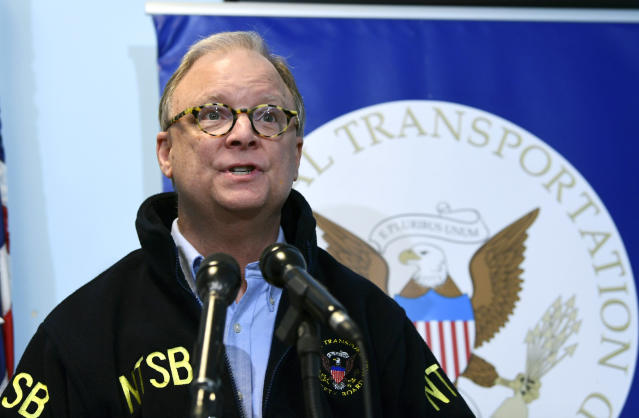<p>National Transportation Safety Board Chairman Robert Sumwalt briefs reporters at National Airport in in Arlington, Va., Tuesday, April 17, 2018, on the Southwest Airlines plane incident in Philadelphia. (Photo: Susan Walsh/AP) </p>