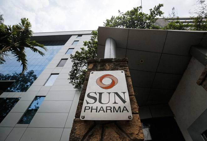 The Sun Pharma stock rose up to 2.42% to Rs 424 level compared to its previous close of 414 level on the BSE. <br />