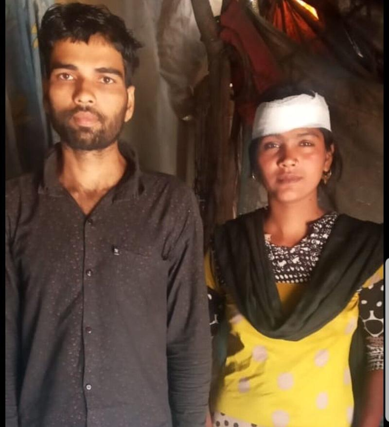 The cops in Haryana caught Faheem and Bano, two migratory workers from Baddi, and sent them back. the newlywed couple is now facing hardships in getting foodgrains and a job. (Photo: HuffPost India )