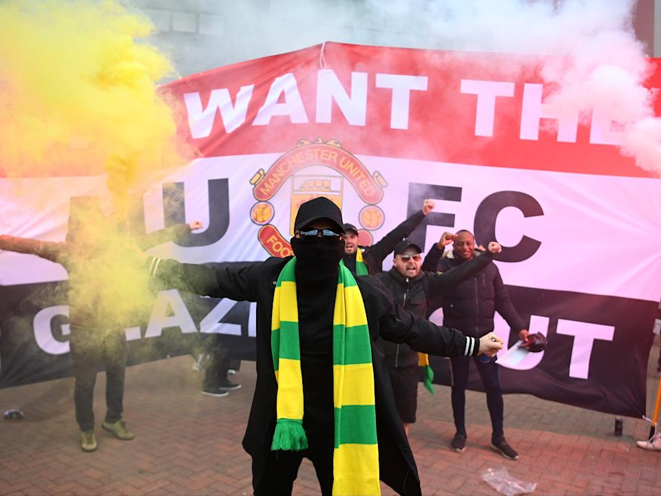 Fans are seen protesting Manchester United's Glazer ownership (Getty Images)