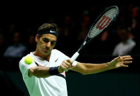 Tennis - ATP 500 - Rotterdam Open - Quarterfinal - Ahoy, Rotterdam, Netherlands - February 16, 2018 Roger Federer of Switzerland in action against Robin Haase of the Netherlands. REUTERS/Michael Kooren