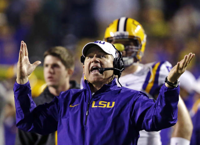 Les Miles puts his spin on the 'Ice Bucket Challenge' (Video)