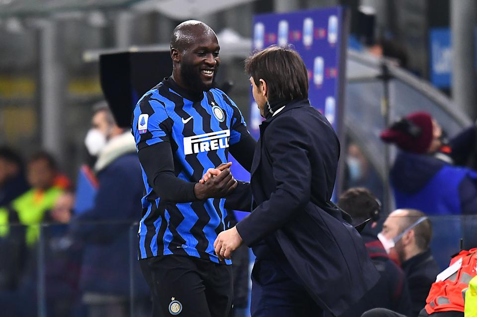 Romelu Lukaku mit Trainer Antonio Conte in Mailand (Bild: Alessandro Sabattini/Getty Images)