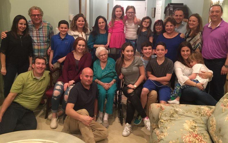 Rose Bromberg, pictured with her family, which includes 5 grandchildren and 11 great-grandchildren (Photo: Courtesy of Howie Bromberg)