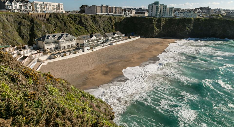 You can't get much closer to the sea than at the Tolcarne Beach Apartments (Booking.com)